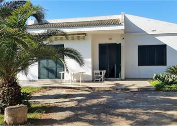 Villa for Sale in Siracusa
